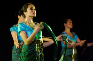 Muslim Scarf Dance 2008